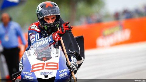 2013-motogp-jorge-lorenzo-flawless-victory-in-san-marino-round_3