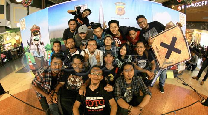 Anggota PFI Bogor, Foto Bersama Usai Pameran Foto