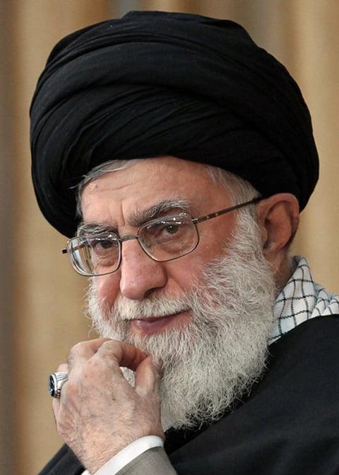 Iran-kamenei-photo