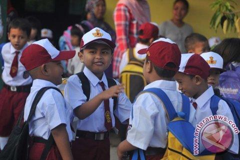 7324-full-day-school-untuk-pembentukan-karakter