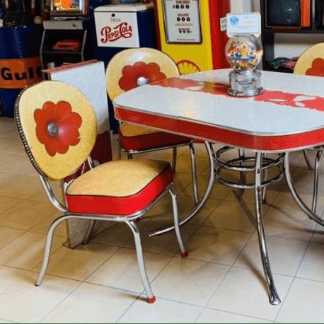 Set tavolo e sedie americane