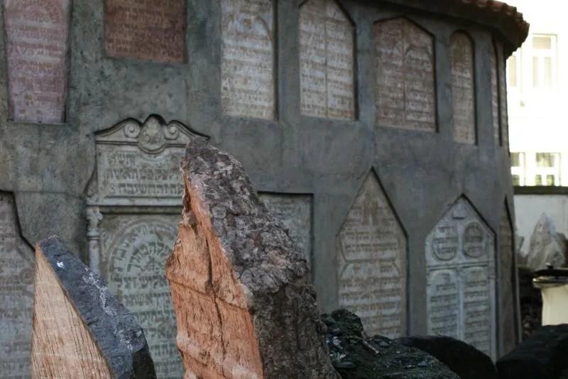 Oude Joodse Begraafplaats in Praag