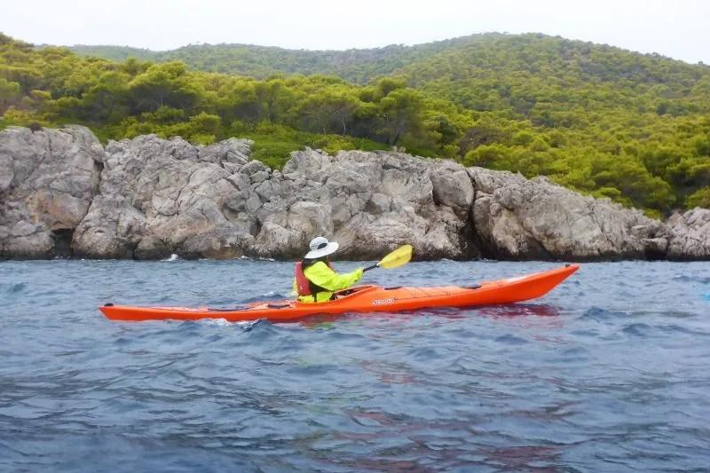 Kajakken op zee is de perfecte setting voor meditatie en ontspanning