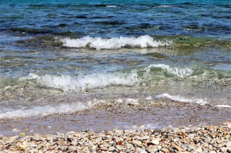 Stranden van Agistri in Griekenland