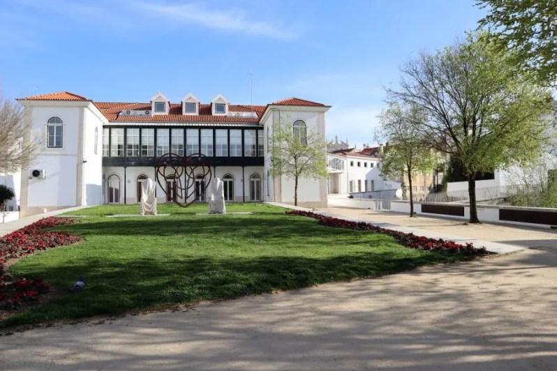 Het park Jardim do Amor in Alcobaça