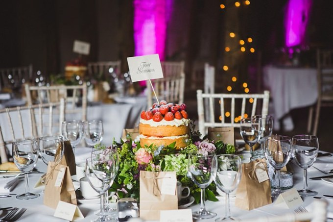 Rustic chic barn wedding in suffolk by lola rose photography for Wedding canape alternatives