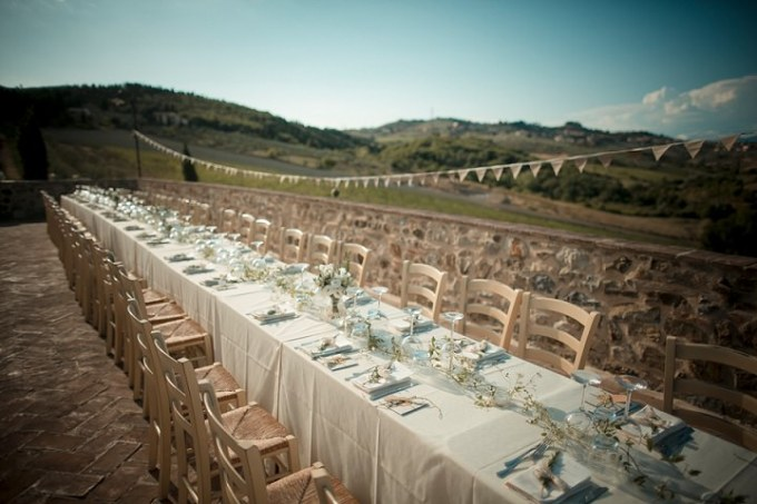 Tuscany Wedding outdoor reception By David Bastianoni Photography