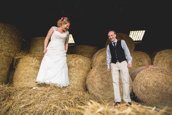 4-farm-wedding-by-hannah-hall-photography