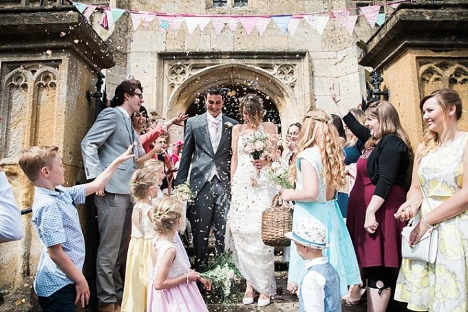 4-vintage-inspired-garden-wedding-in-gloucestershire-by-anna-allan-photography