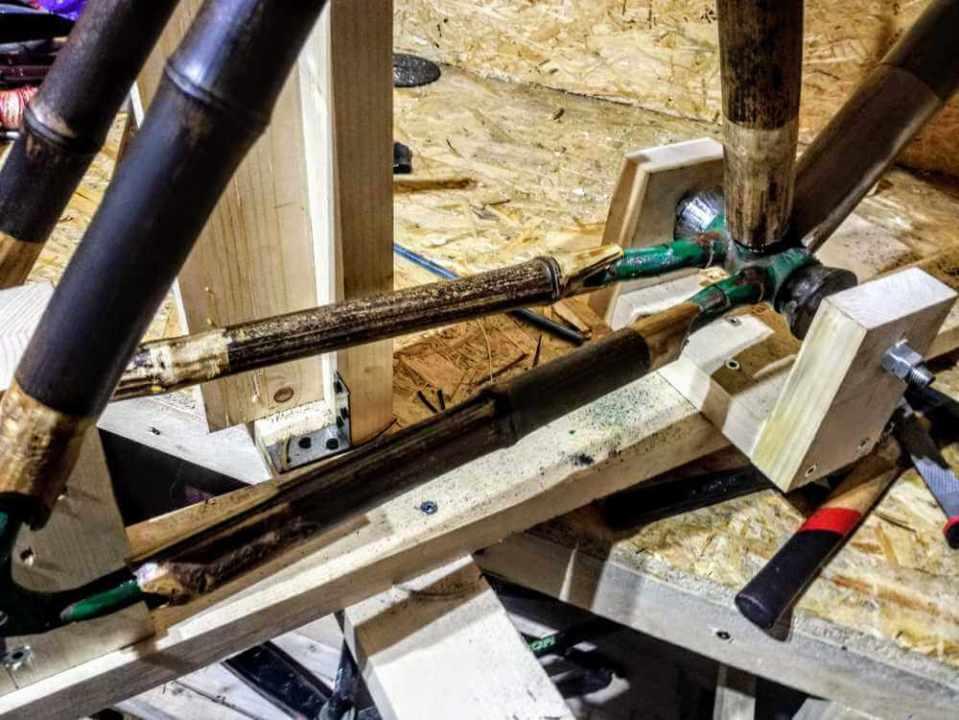 montaż bambuswoych tyczek 05