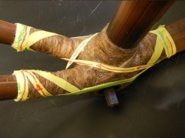 Łączenie tyczek w bambusowym rowerze Efekt 04