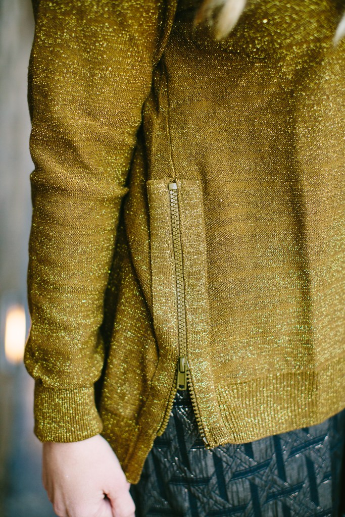 5 SWEATERS YOU NEED FOR FALL
