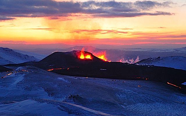icelandvolcano.jpg