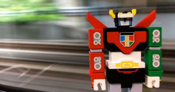 Incubot Voltron Is Go! / Boing Boing