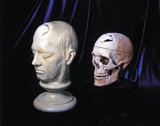 Images Phineas-Gage-Life-Mask-Skull-2