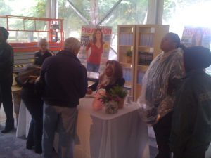 Hoda Kobt signs her book for some lucky fans.