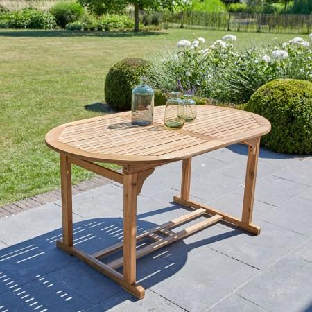 table de jardin bois pour profiter des