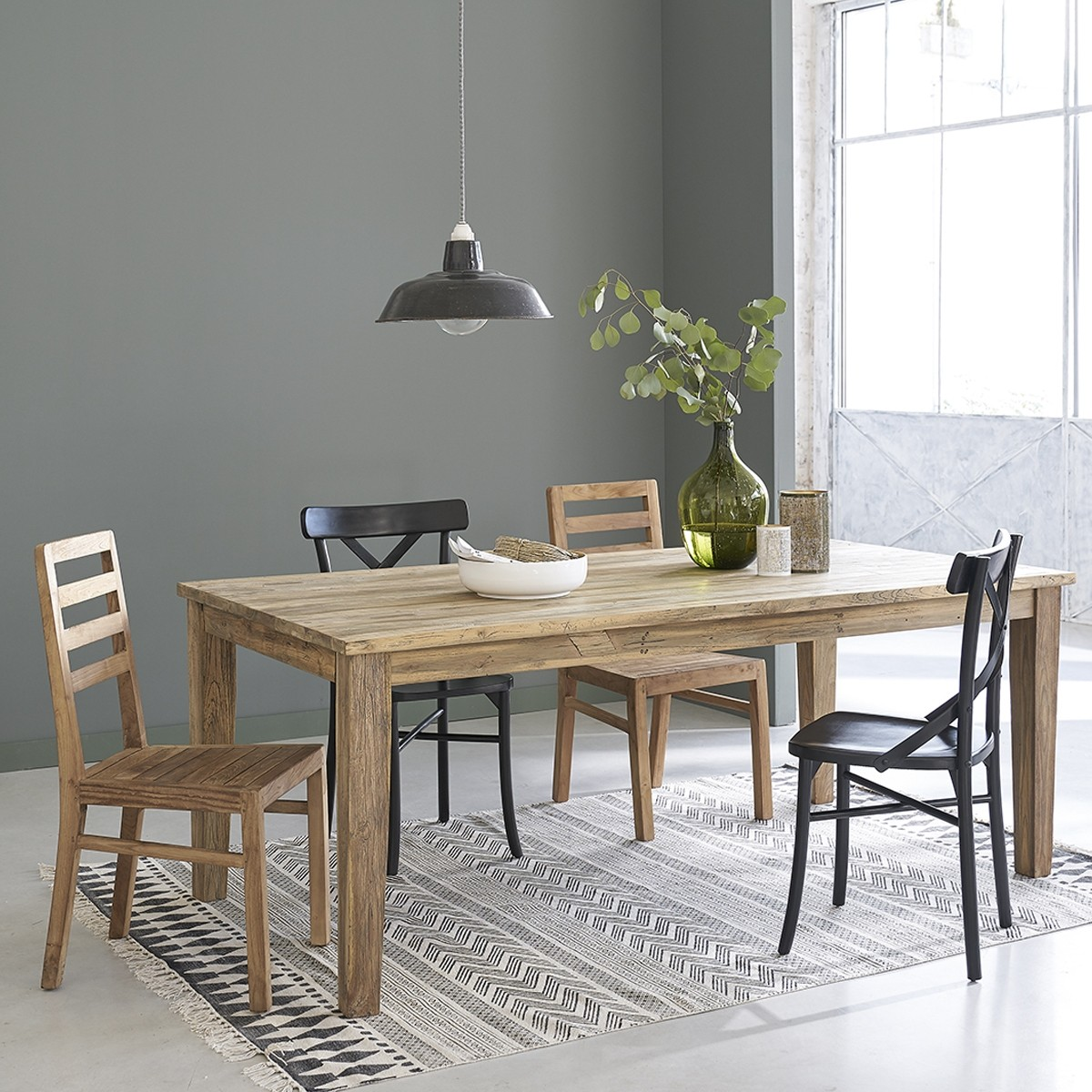 table extensible en bois de teck recycle 12 personnes cargo