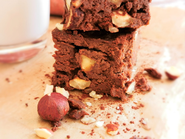 Brownie low fodmap à la patate douce et aux noisettes - Vitaliseur