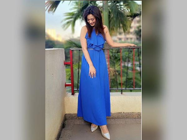 Shweta Tiwari In A Blue Dress
