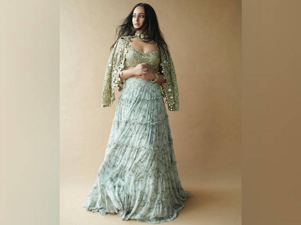 Sonakshi Sinha In A Green Skirt Set