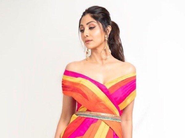 Shilpa Shetty Colour Blocked Dress For Latest Episode Of Super Dancer fashion of television
