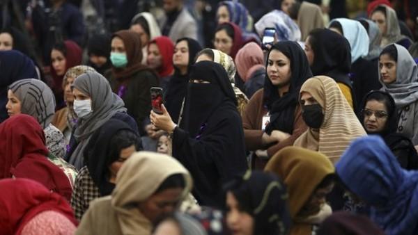 अफगानिस्तान में महिलाएं - पीटीआई फोटो