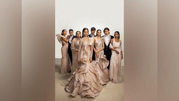 Kareena Kapoor Khan Lakme Showstopper in Absolute Grand Finale