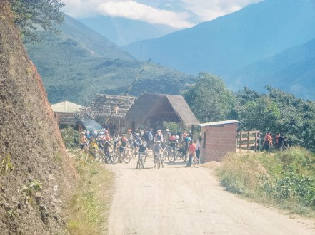 Death Road Biking Bolivia -33- July 2015