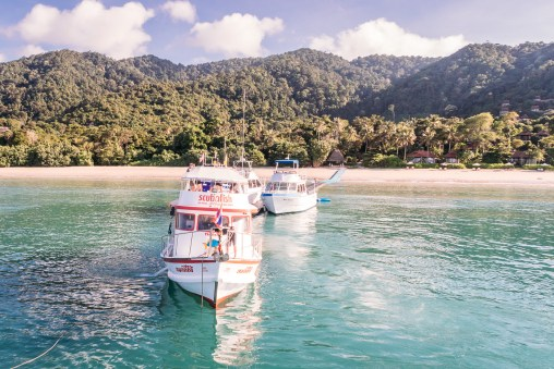 Boarding the Scubafish boat to Koh Haa - Koh Lanta Diving