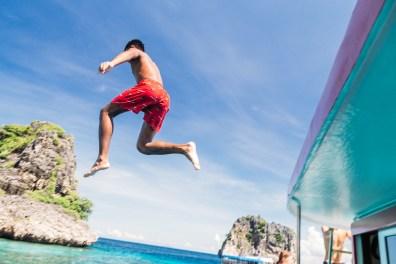 Jumping off the boat at Koh Haa - Koh Lanta Diving