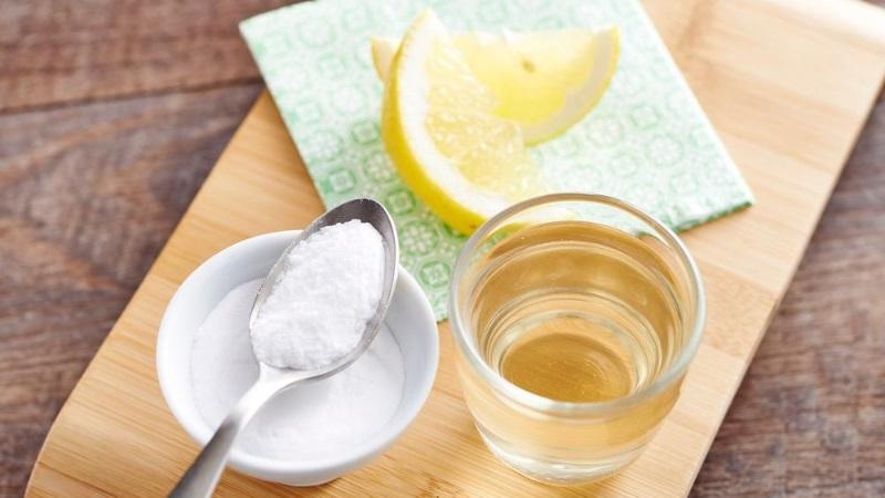soluzioni benessere acqua limone e bicarbonato