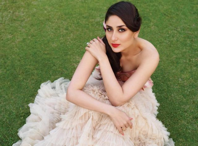 beautiful-Kareena-Kapoor-in-Magazine