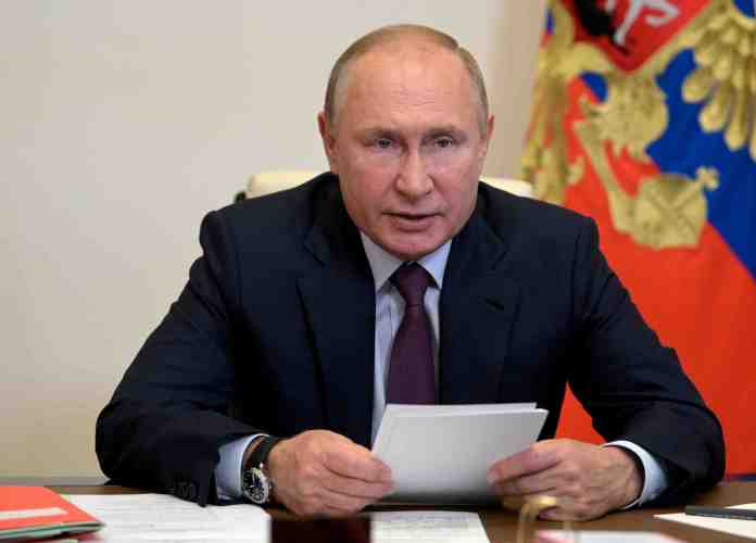 https://i1.wp.com/www.bollyinside.com/wp-content/uploads/2021/10/Russia-pledges-to-boost-gas-supply-to-Europe.jpg?resize=696%2C500&ssl=1