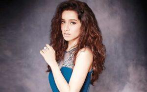 Bollywood actrice Shraddha Kapoor waagt zich aan de iconische rol van Naagin