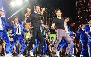 Bollywood acteur Varun Dhawan in dansnummer in Salman Khan's Antim