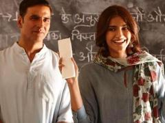 Padman-Collection-Trends-Audience-Occupancy-Day-1