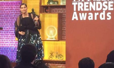 Sonam Kapoor, awarded, ET Panache, Trendsetter Award 2016