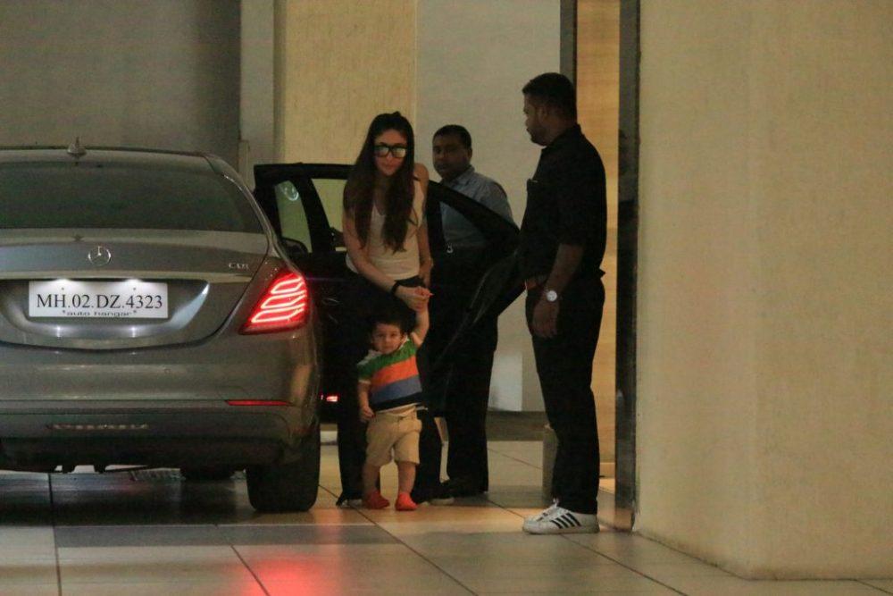 PHOTOS, Taimur, Kareena Kapoor khan, spotted, BollywoodDhamaka