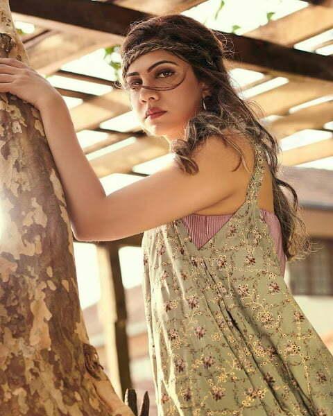 Malayalam Tamil Actress Hot Pictures Madonna Sebastian