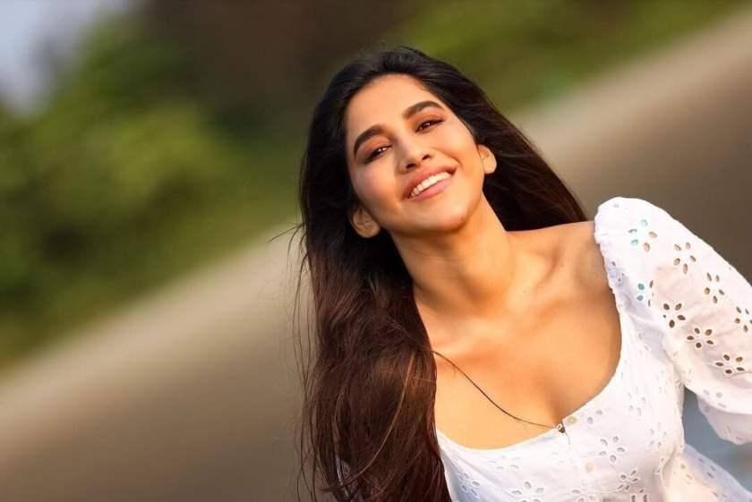 Hot Nabha Natesh In White
