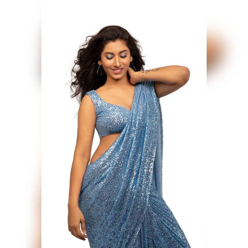 South Indian actress dancer Vishnupriya Latest Hot Pictures In Saree