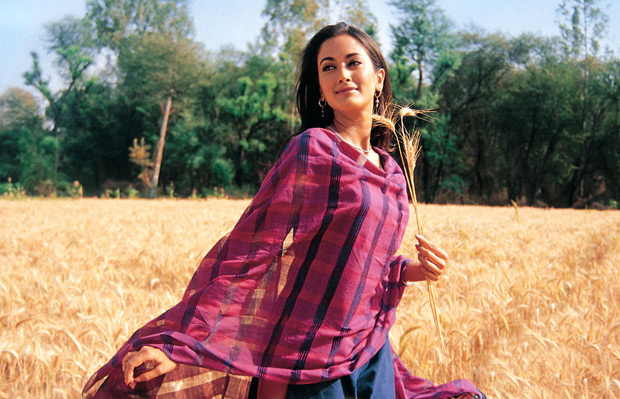 """15 years of Swades EXCLUSIVE: """"When I worked with Shah Rukh Khan, I  realized that he's even better than what people said"""" – Gayatri Oberoi :  Bollywood News - Bollywood Hungama"""