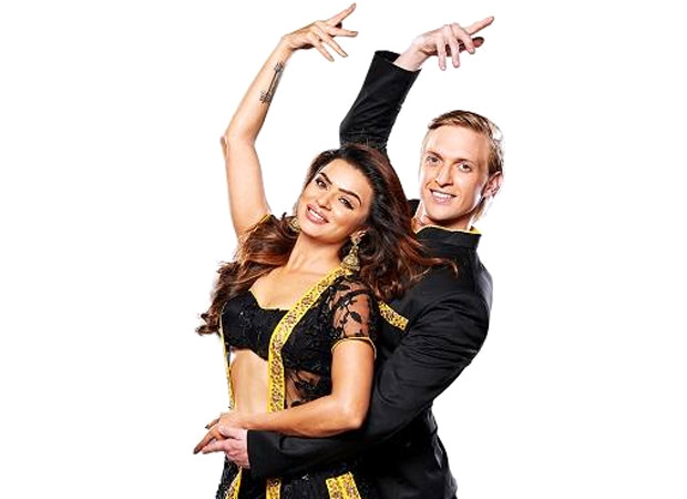 After bidding goodbye to the showbiz, Aashka Goradia tests positive for Covid-19 along with her husband Brent Goble