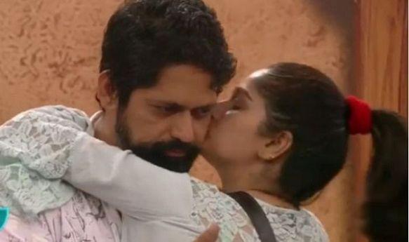 Bigg Boss Marathi: Is Resham Tipnis and Rajesh Shringarpore's love story FAKE or REAL? Vote!