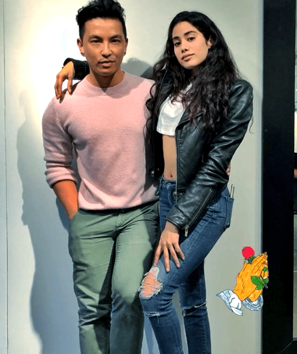 Janhvi Kapoor flaunts her perfectly toned midriff and we bet you won't be able to take your eyes off her