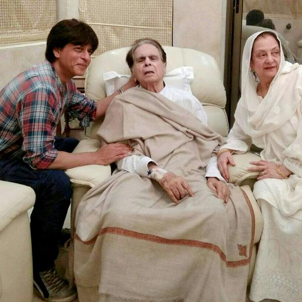 Shah Rukh Khan visits an ailing Dileep Kumar at his house ...