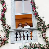 Isha Ambani and Mukesh Ambani  Isha Ambani And Anand Piramal's Royal And Spiritual Wedding Invite Has 4 Gold Boxes, Check Video article 2018113087164226202000
