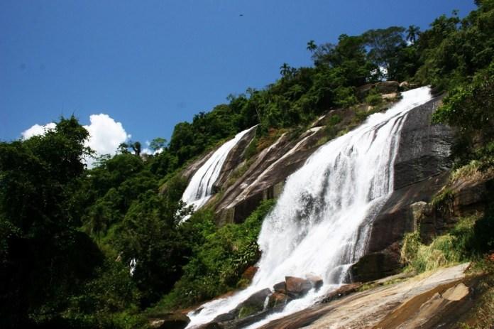 Cachoeira em Ilhabela