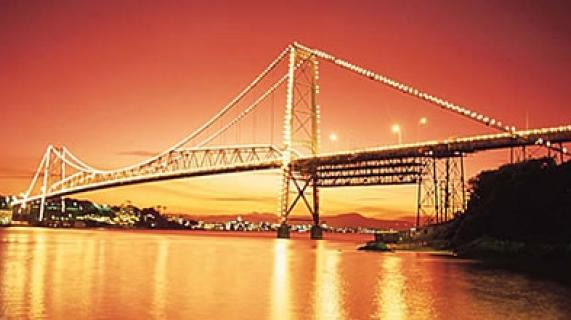 Ponte Hercílio Luz em Florianópolis
